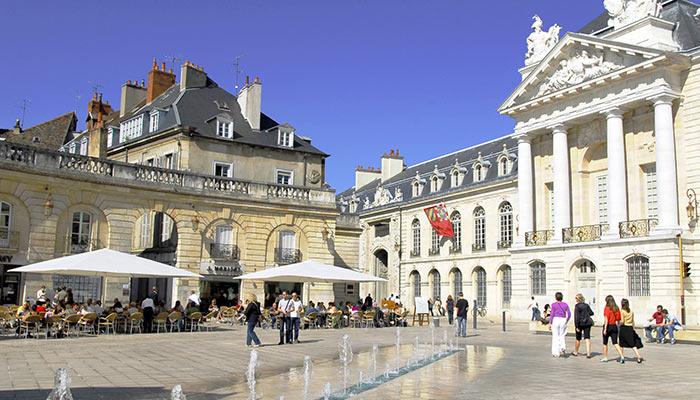 Baiser gratuitement à Dijon ?
