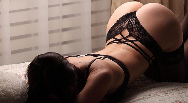 Levrette en gif porno : 80 animations hot de femmes à quatre pattes !